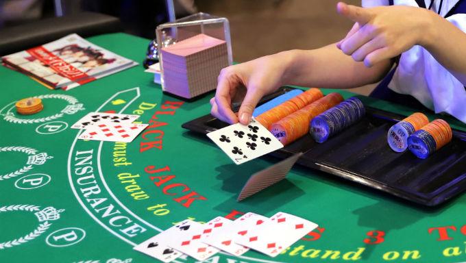 Blackjack Strategy Based On The Odds