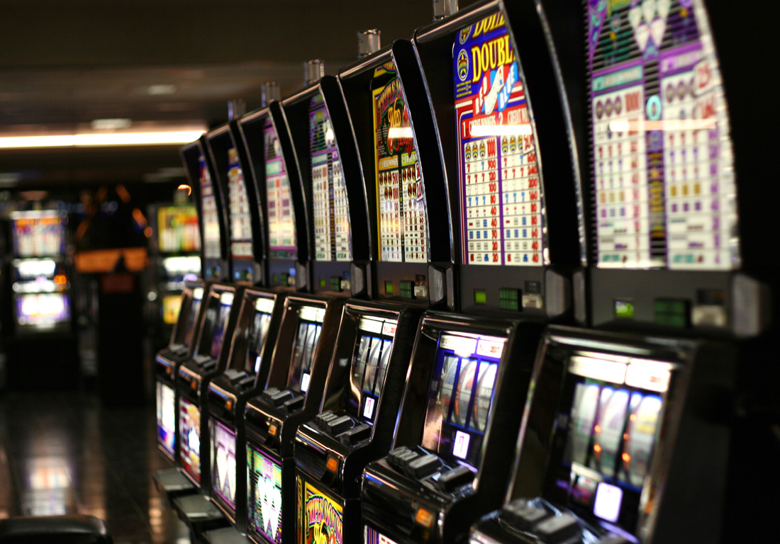 Myths On how to Win in Slots - Slot Machine Game Myths